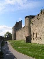 Carcassonne la cit les lices basses for Au jardin de la tour carcassonne