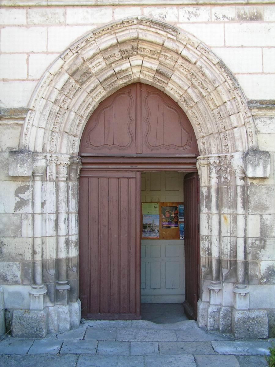 France loir et cher selles sur cher eglise notre dame - La balnche porte ...