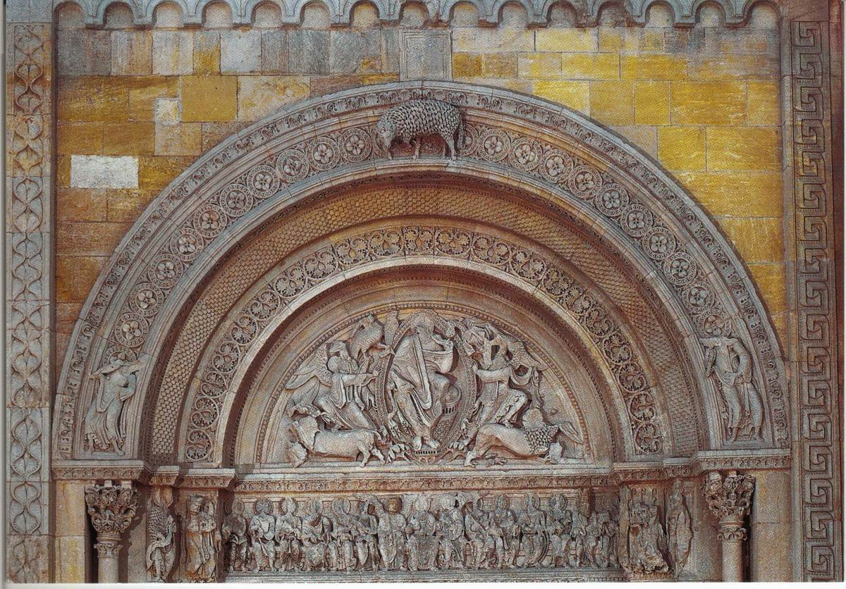 Grand Foyer De L Art Roman : Charlieu